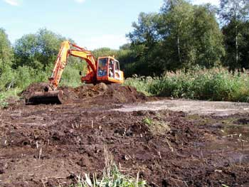 Creating shallow ponds on Hinderclay Fen, 2005